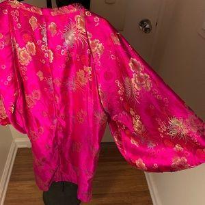 Vintage HOT PINK satin kimono